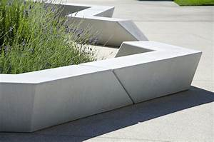 Concrete bench, EXP Architectes / Antoine Chassagnol ...