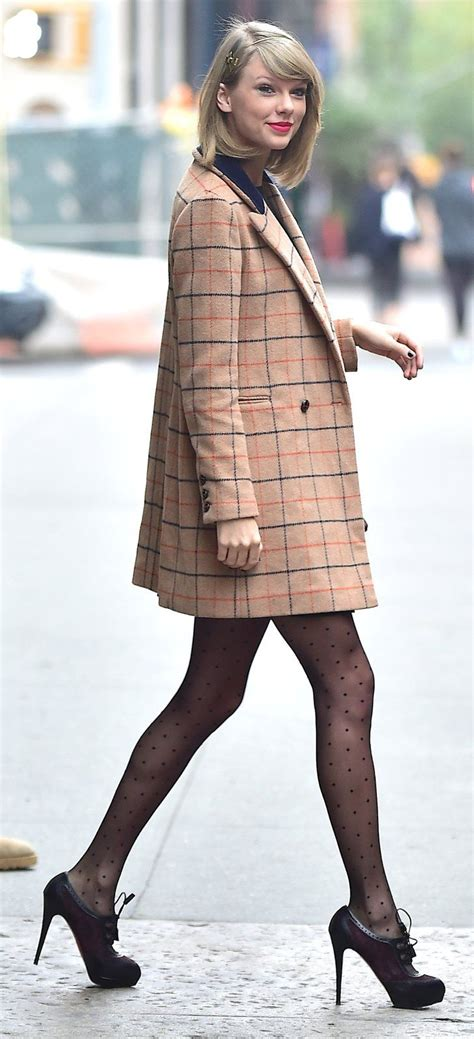 Taylor Swift: Professional Coat Collector   Cute winter ...