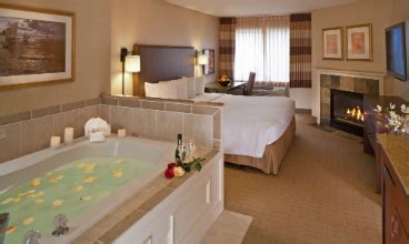 hotel in seattle with tub in room seattle wa lodging seattle waterfront lodging at silver