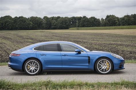2017 Porsche Panamera 4s First Drive Review