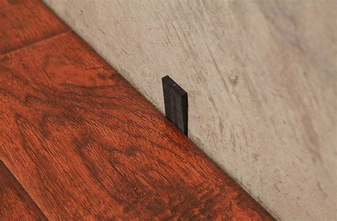 flooring spacers flooring wedge spacers reusable expansion spacers