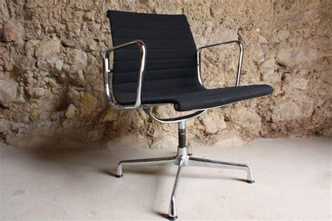 eames herman miller vitra aluminium chair ea 108 1 v 1