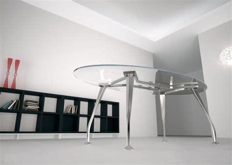 tavoli da riunione per ufficio tavolo riunioni ovale mod segno con piano in vetro dr