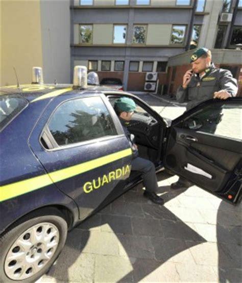 ufficio tarsu bologna sequestrate 72 agenzie di poste quot non possono