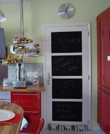 peinture porte cuisine une porte peinture tableau noir dans la cuisine