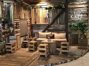 Bar Aus Holz : die besten 25 bar aus paletten ideen auf pinterest paletten bar bar regale und holz weinregale ~ Eleganceandgraceweddings.com Haus und Dekorationen