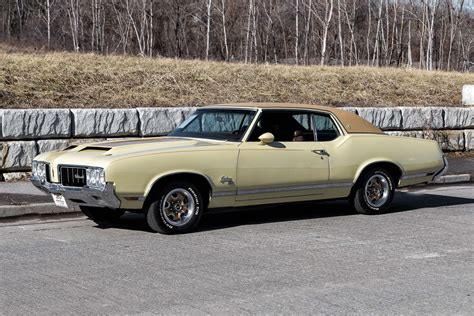 1970 Oldsmobile Cutlass Supreme | Fast Lane Classic Cars