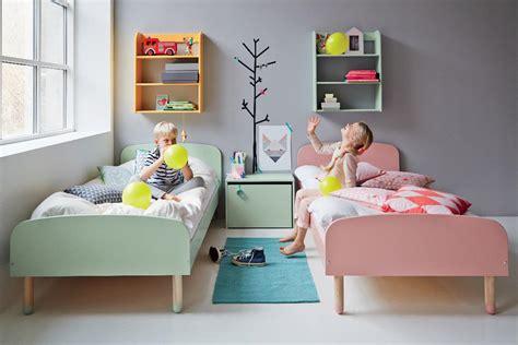 2 couleurs dans une chambre à la recherche de mobilier et déco pour votre chambre d