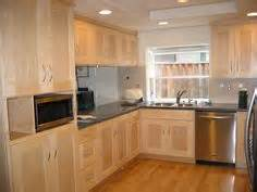 what to look for in kitchen cabinets 1000 images about kitchen ideas on shaker 2158