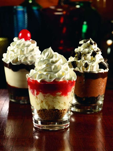 dessert shooter applebees dessert shooters mini desserts served in shot glasses cakepins com puwedeng gawin
