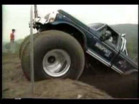 monster trucks you tube videos do you like 4x4 monster truck hill climbs oh we ve got