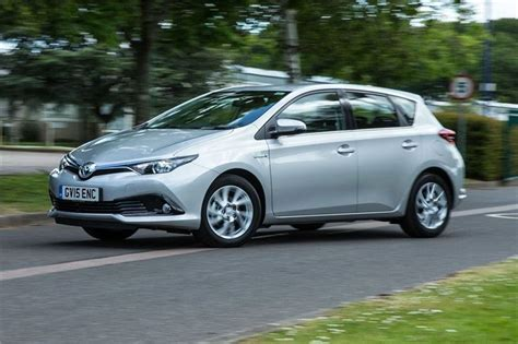 toyota auris hybrid  road test road tests honest john