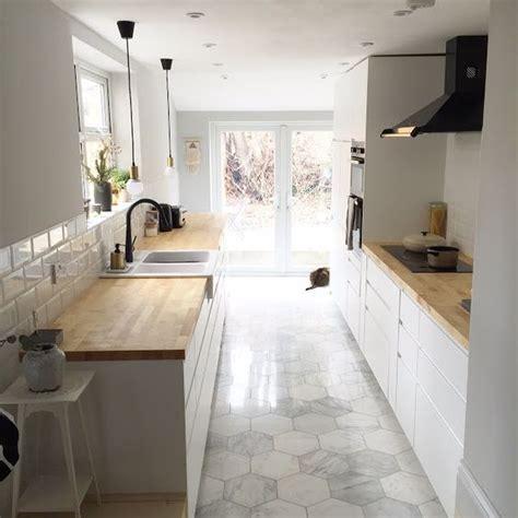hexagon tile kitchen impressive hexagon tiles for your kitchen floor 1614