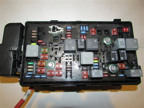 2001 Chevy Malibu Fuse Box by Where Is The Box Fuse For Malibu 2002 37 Wiring Diagram