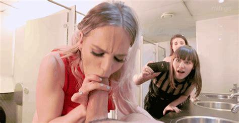 Blowjob In The Bathroom Nic