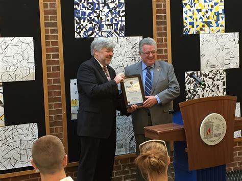 Sheriff Cummings Presents Citation To 4c's President Cox