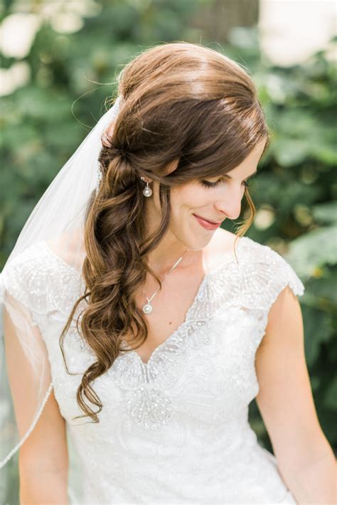 10 Wedding Hairstyles For Long Hair You'll Def Want To