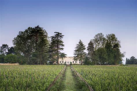 chambres d hotes a bordeaux chambres d 39 hôtes au château le pape à léognan près de bordeaux