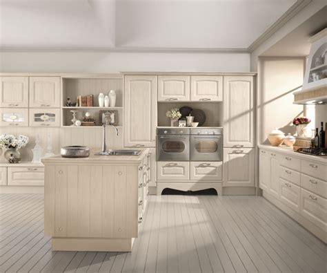 cuisine couleur creme cuisine en bois classique cucinelube avec une touche luxe