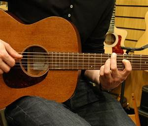 Shopping For Your First Acoustic Guitar