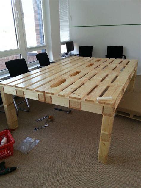 Tisch Aus Holzpaletten by M 246 Bel Aus Paletten Selbst Bauen Casando Ratgeber