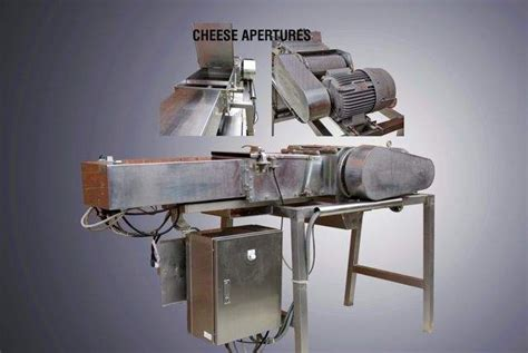 cavecchi type grattugia formaggi  cheese grater machine  pneumatic push