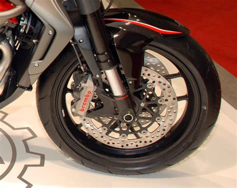 Modification Mv Agusta Brutale 1090 Rr by Modification Motorcycle 2010 Mv Agusta Brutale 1090rr