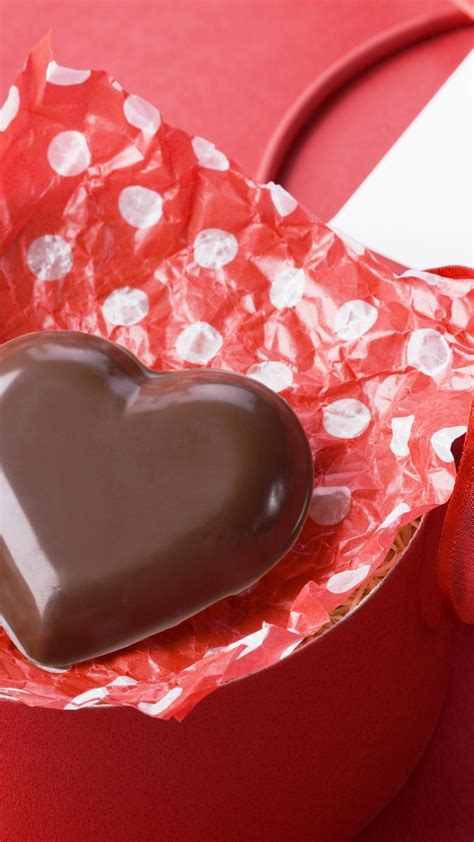 wallpaper valentines day february  chocolate candy