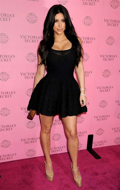 Kim Kardashian Beautiful Photos In Black ~ Hot Actress Picx