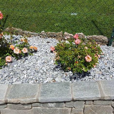 pietre per aiuole giardino pietrisco per aiuole e giardini pietre per giardini