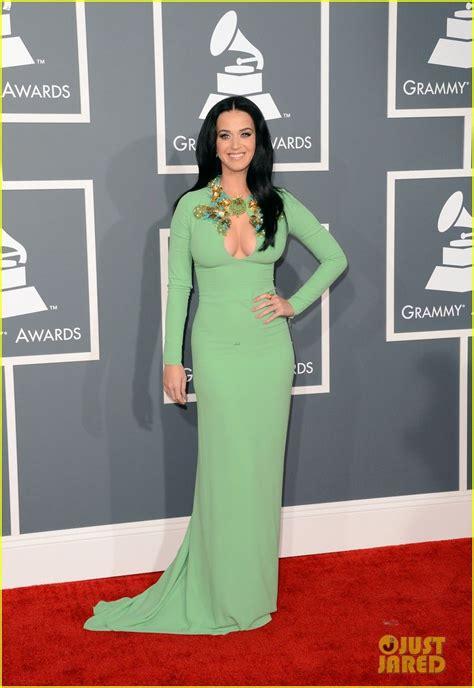 Katy Perry - Grammys 2013 Red Carpet | Grammy dresses ...