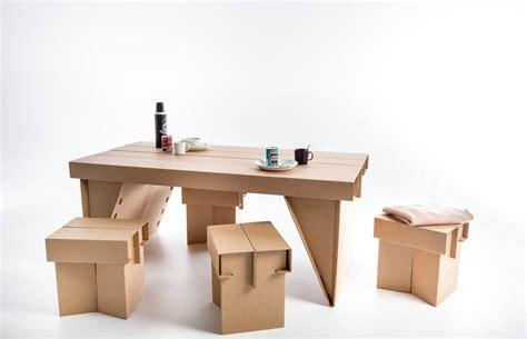 Ergo Designermoebel Kollektion Fuers Badezimmer by Studenten Designerm 246 Bel F 252 R Opfer Der Vertreibung