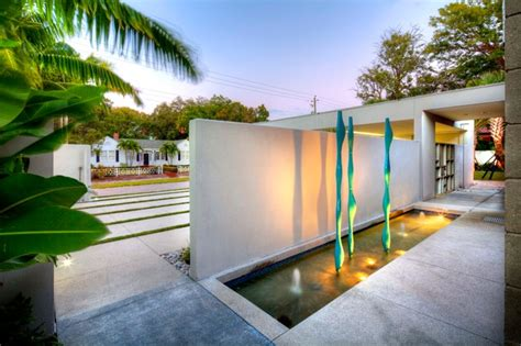 entry water feature entry water feature modern landscape ta by dwy landscape architects