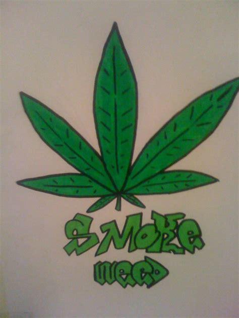dessin feuille de cannabis de smoker 75