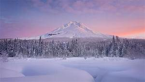 Charming Winter Scenery And Mountain Snow Background ...