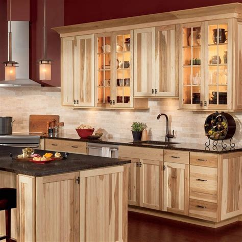 rustic hickory kitchen cabinets best 25 hickory cabinets ideas on hickory