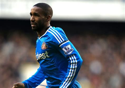 Sunderland must be patient over injured star Jermain Defoe ...