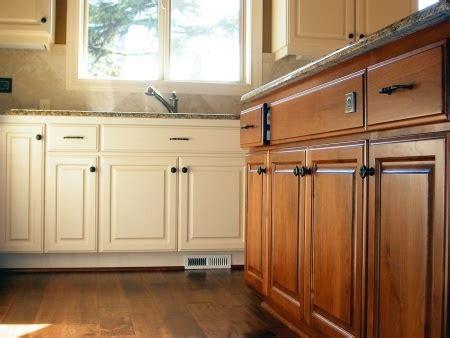 restaurer cuisine rénovation de cuisine rustique ou ancienne cout pour