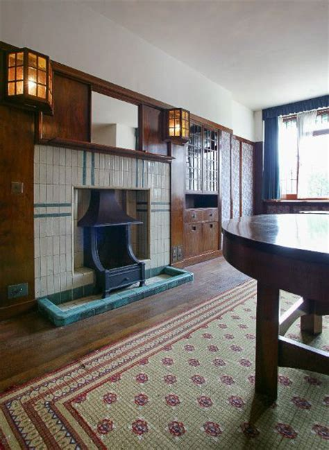 78 Derngate  History, Travel, And Accommodation Information