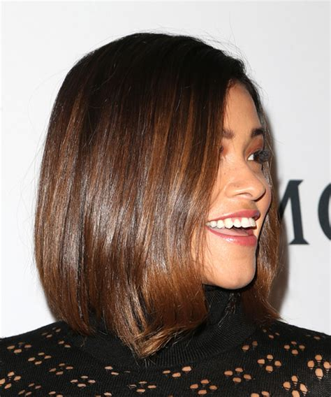 gina rodriguez medium straight casual bob hairstyle brunette hair color