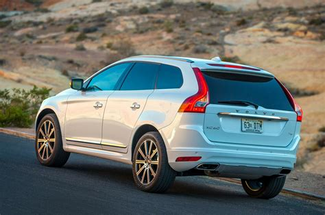 report volvo xc crossover confirmed