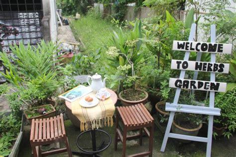 Deco laman tepi rumah : Lanskap Rumah Teres | Desainrumahid.com