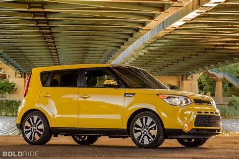 Kia Soul Suv by 2014 Kia Soul Suv C Wallpaper 2000x1333 162000
