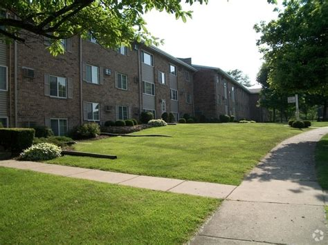 Marycrest Apartments Joliet Il by Apartments For Rent In Joliet Il Apartments