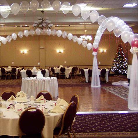 wedding table decoration ideas on a budget wedding décor on a budget wedding day sparklers
