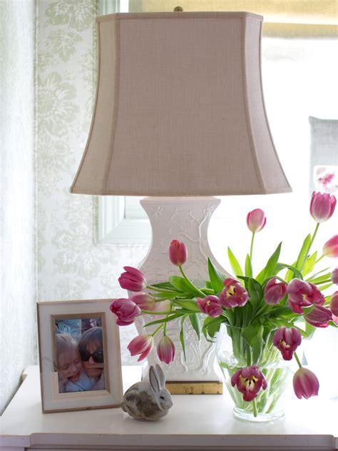 cottage decorating cottage style bedroom decorating ideas hgtv