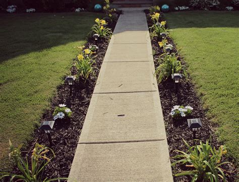 sidewalk landscape diy sidewalk garden in 6 simple step outdoor inspiration