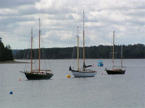 Sailboats Nova Scotia by Nova Scotia S Self Guided Evangeline Trail Bicycle Tour