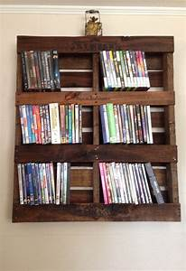 Arts And Crafts Möbel : rustic pallet dvd shelf arts and crafts i 39 ve made m bel dvd regal regal ~ Orissabook.com Haus und Dekorationen