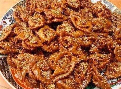 la cuisine marocaine en arabe découvrir le maroc à travers sa gastronomie la chebakia